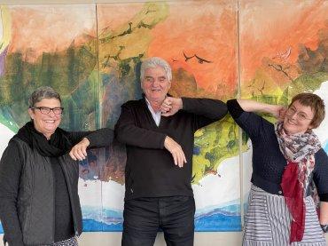 L-R Amanda Keesing, Keith Bradby (Gondwana Link), Annette Carmichael, photo by Lauren McKenzie